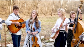 Top of the World - The Petersens (LIVE)