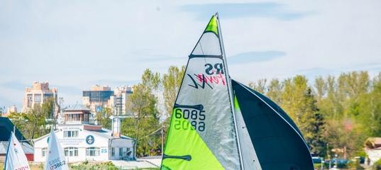 Смольный выселил Речной яхт-клуб профсоюзов с Петровской косы