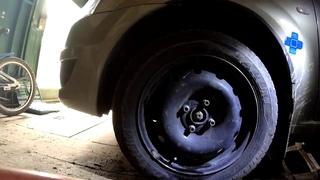 Замена Передних Тормозных колодок на машине Рено Логан Всё Просто и Понятно