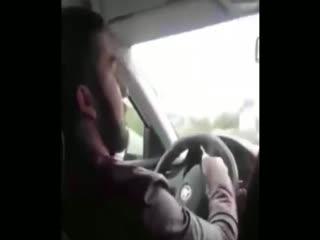 Неадекватный и наглый таксист...