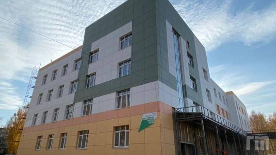 Строительство детской поликлиники в Ярославле на Липовой горе завершается