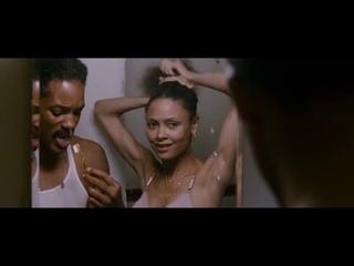 В погоне за счастьем (2006) в главной роли с Уиллом Смитом.