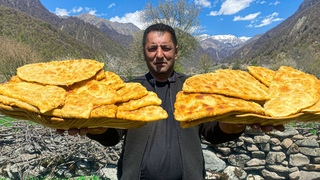 REAL VILLAGE CHEBUREKS COOKED IN NATURE! NO ELECTRICITY NEEDED