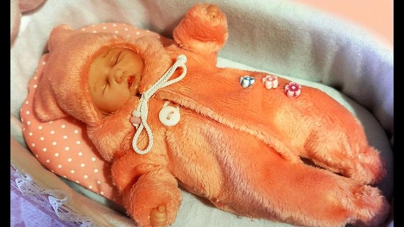 Обзор и запаковка маленькой спящей принцессы Вероники Jenny Toys