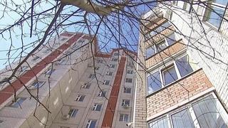 Жители нескольких российских регионов отстаивают свое право не платить за лифты-призраки.