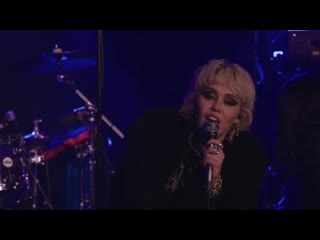 Miley Cyrus - Zombie ( Live set for SOSFEST from Whisky a Go Go, Los Angeles, CA)