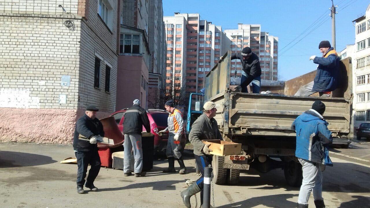 Улица Кольцова дом 13 вывоз мусора с