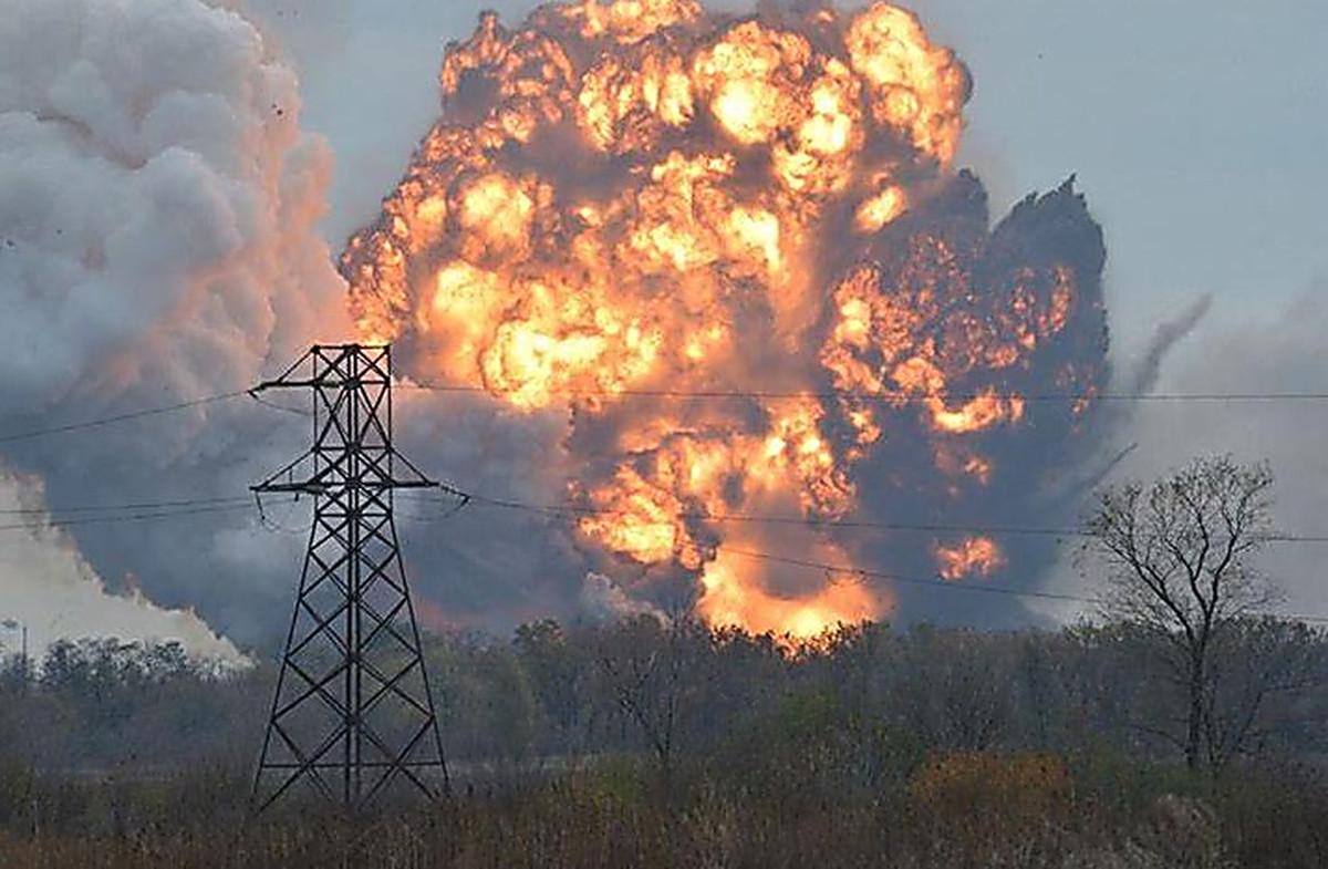 В Донецке прогремели сильные взрывы: жителей просили уйти с улиц – что произошло