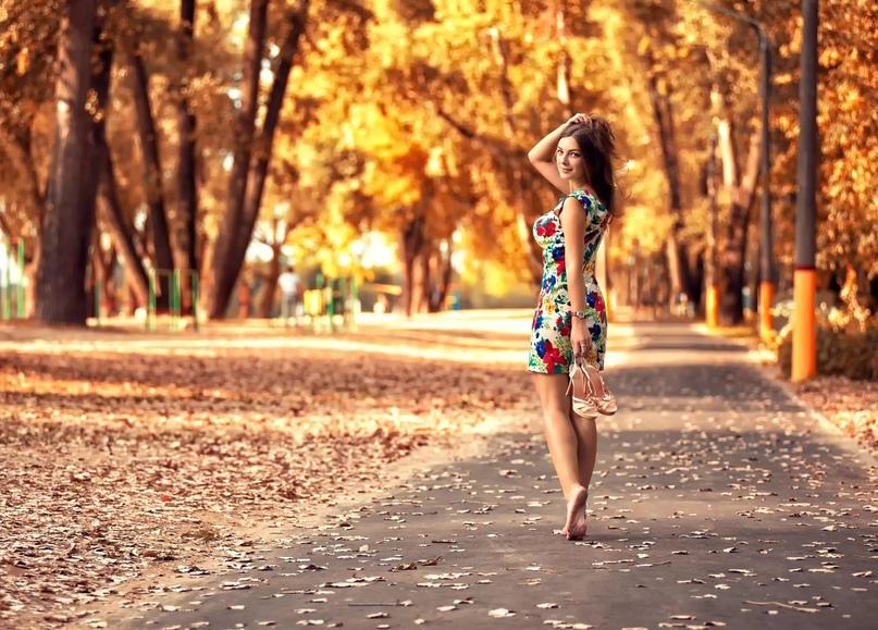 Август на свидание Осень пригласил.
