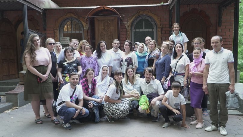 Добровольцы кинокомпании «Союз Маринс Групп» совершили паломническую поездку