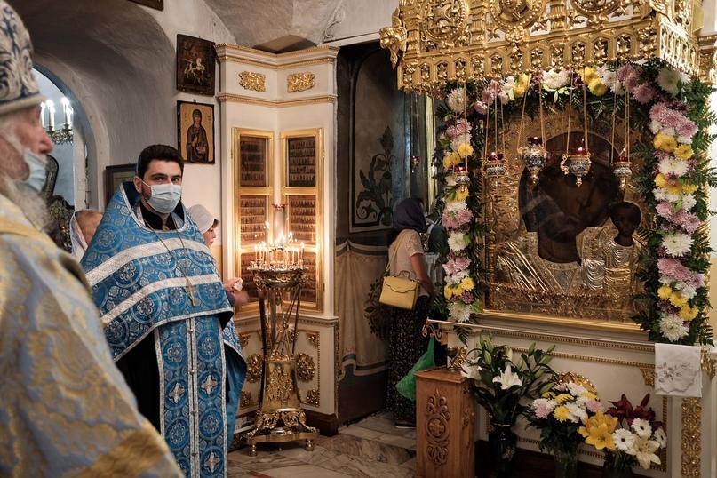 Празднования в честь Казанской иконы Божией Матери, изображение №5