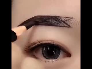Ещё один способ нарисовать идеальные брови