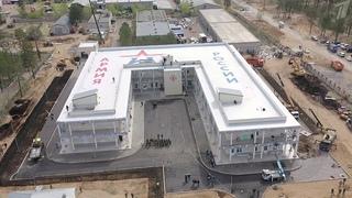 Восемь новых госпиталей Минобороны открылись для лечения больных коронавирусом.