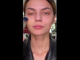 Преображение девушки с макияжем