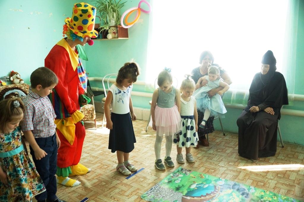 Прошел детский праздник в нашем центре 6