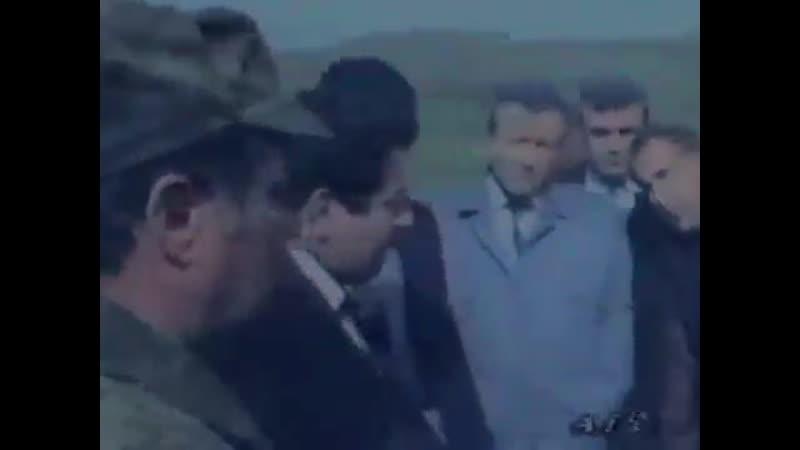 Fətulla Hüseynov-ermənilərlə diplomatik söhpətləri qurtarmaq lazımdır. Allah rəhmət etsin.
