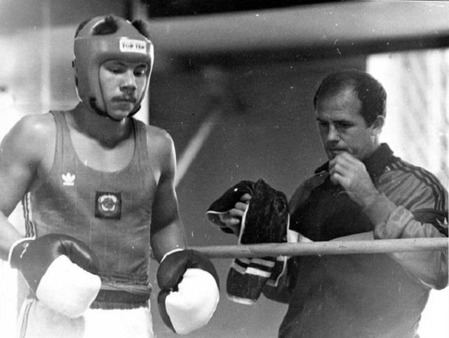Тренер Цзю - Советской школы бокса нет, Поветкин не обучен, у Ковалёва слабое давление. Интервью, изображение №2
