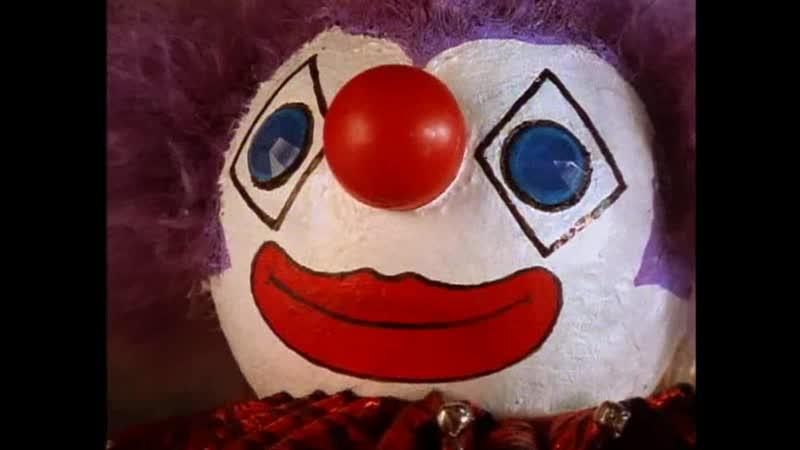 Брат пугает Сэма Малиновым Клоуном Отрывок из сериала Боишься ли ты темноты