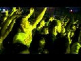 Urban Wave ( Armin van Burren ) [ video:  ]