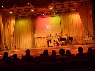 Арина Токаревских и Соня Шевцова выступление в Мызыкальной школе