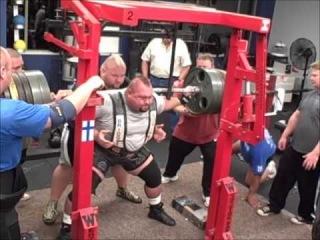 Donnie Thompson. Присед 1300lbs (589.6 кг) Новый Мировой рекорд!