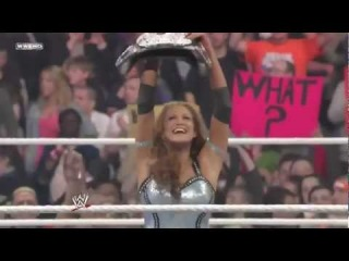 Eve Torres Vs. Maryse (C) - Divas Championship - WWE RAW 4/12/10