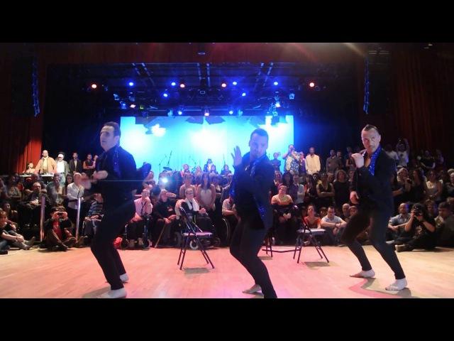 AFROFUSION DANCE COMPANY Los Tres Hermanos Yoannis Tamayo, Thierry Elegua, Sébastien Dionnet