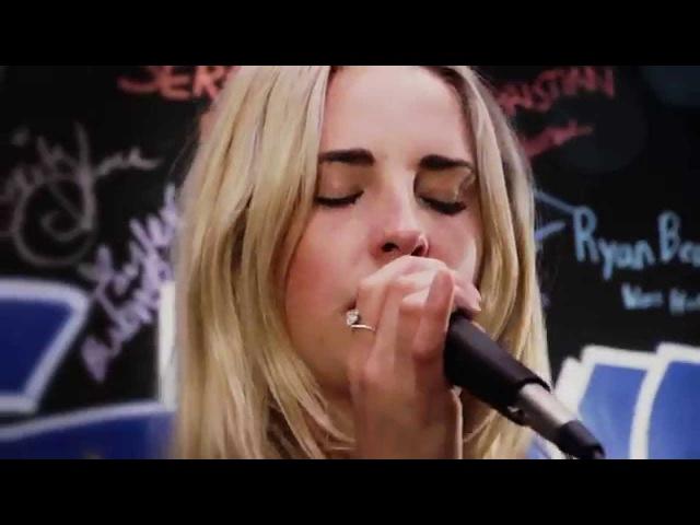 American Rag Sessions: Laurel - Blue Blood