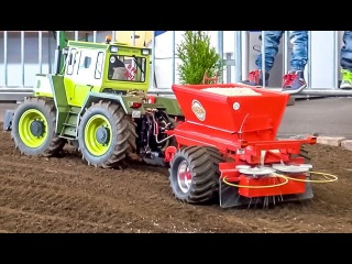 RC tractor MB-Trac 45KG(!) in 1:8 scale sows a field! Amazing R/C model!