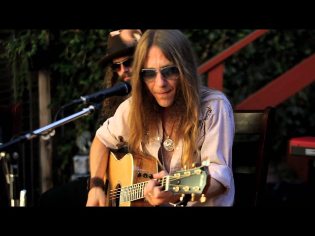 BLACKBERRY SMOKE One Horse Town In The Backyard Sessions