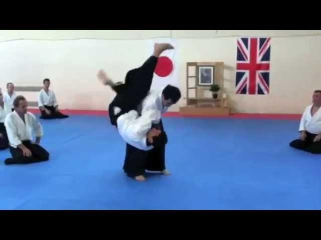 Yukimitsu Kobayashi Sensei (7th Dan, Aikikai Hombu Shihan) demonstrates Koshinage