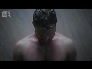 "Джейми Дорнан обнажился в трейлере сериала ""Крах"""