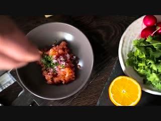 Тартар из семги Мужская Кулинария.mp4