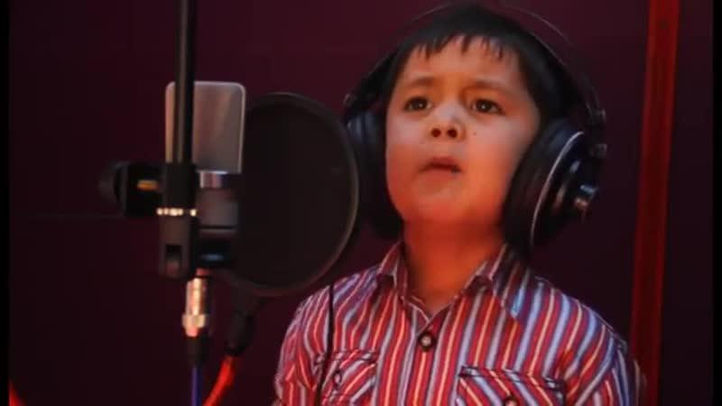 СУПЕР 4 летний мальчик Журабек Жураев ЗАЖИГАЕТ на Таджикском Чак чаки борони бахор 360 X 640 mp4