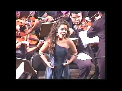 Canção do Amor sung by Carmen Monarcha from Floresta do Amazonas