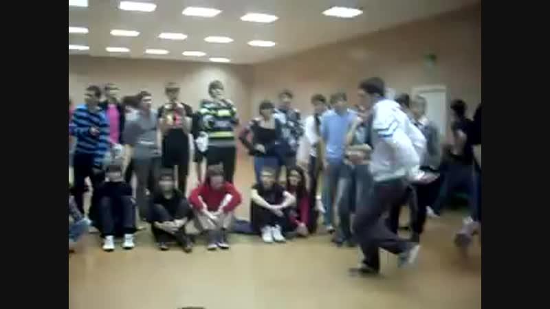 Шах vs Дима Орлянкин Kzn часть2 Electro Dance Battle