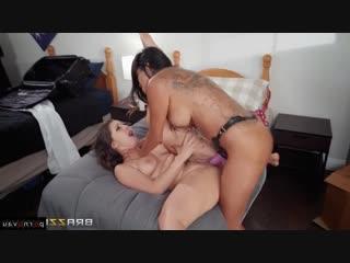 Daisy Marie & Jenna Sativa [ Lesbians / Cunnilingus, Big ass, Dildo and vibrator, Finger, Bondage]