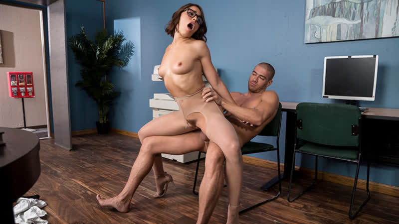The Lusting Librarian Adriana Chechik Brazzers July 30,