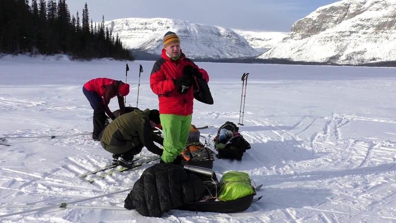 Упаковка походных саней. Packing your ski pulk