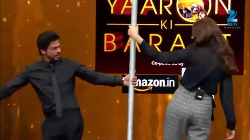 Shah Rukh khan and Anushka Sharma at Yaaron Ki Baraat 2016