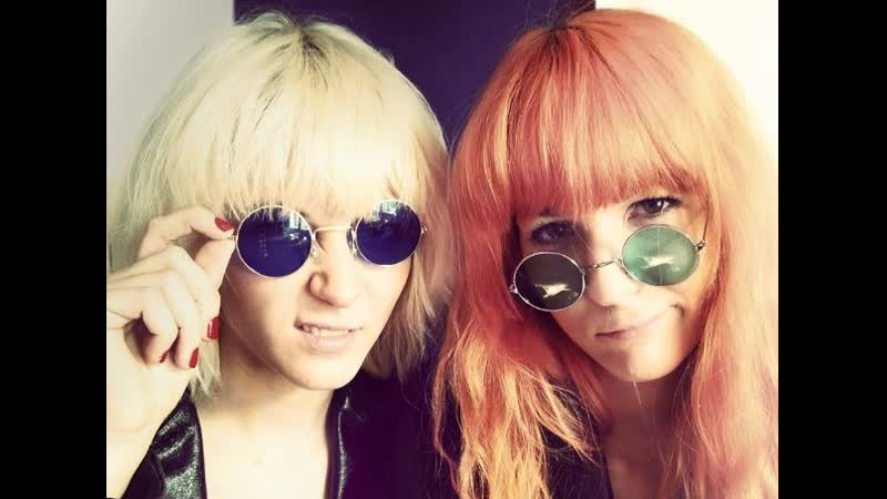 MonaLisa Twins - California Dreaming (Mamas and Papas Cover)