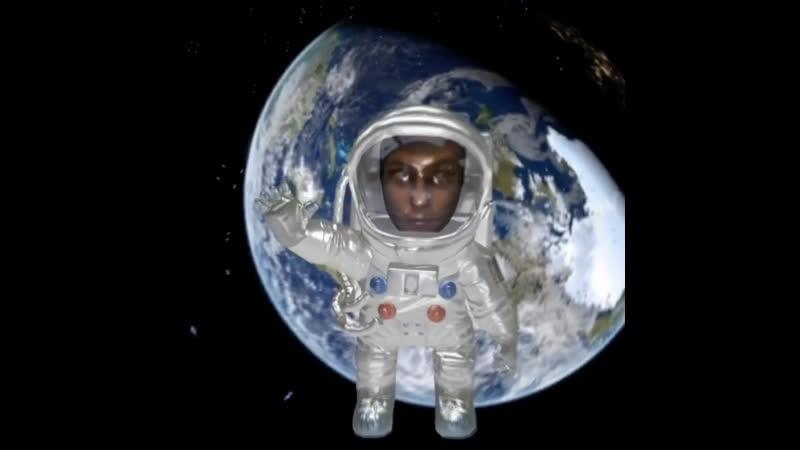 Незнайка отправился на Луну