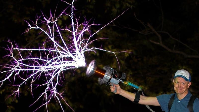 Handheld TESLA COIL GUN at 28 000fps Smarter Every Day 162