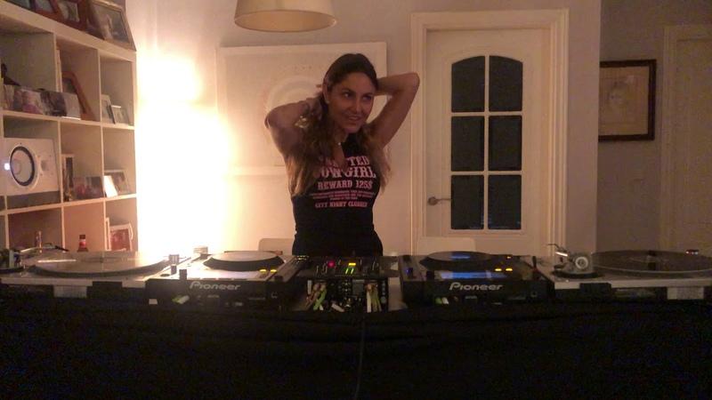 Isabela Clerc | Stayathome | April 2020