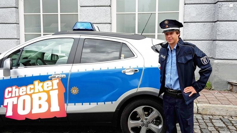 Der Film-Check | Reportage für Kinder | Checker Tobi spielt einen Polizisten