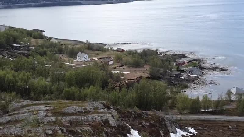 Alta Norway Huge mudslide dragging several houses into the sea 6 3 2020