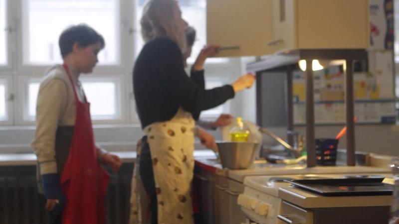 Урок в финской школе Экономика на кухне