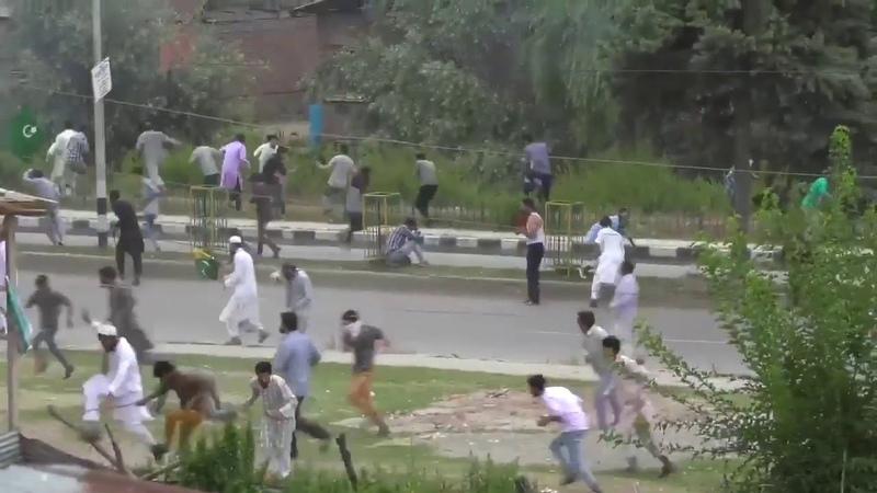 In Saura in Kaschmir 9ago erschießt die Polizei mehrere Demonstranten