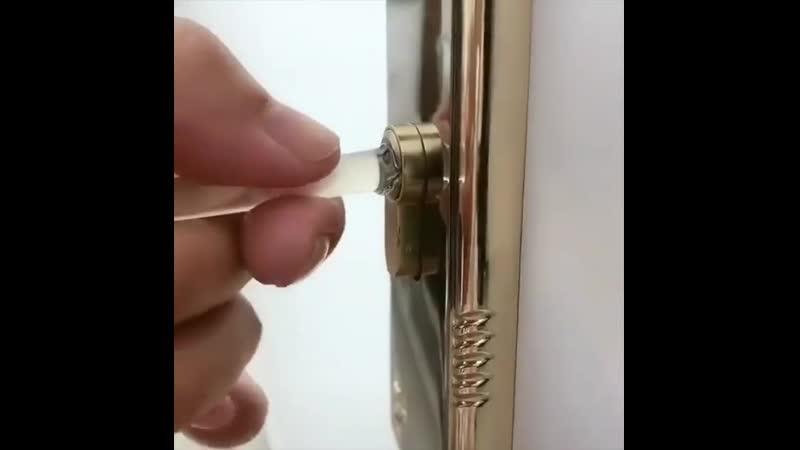 Как вытащить сломаный ключь из замка
