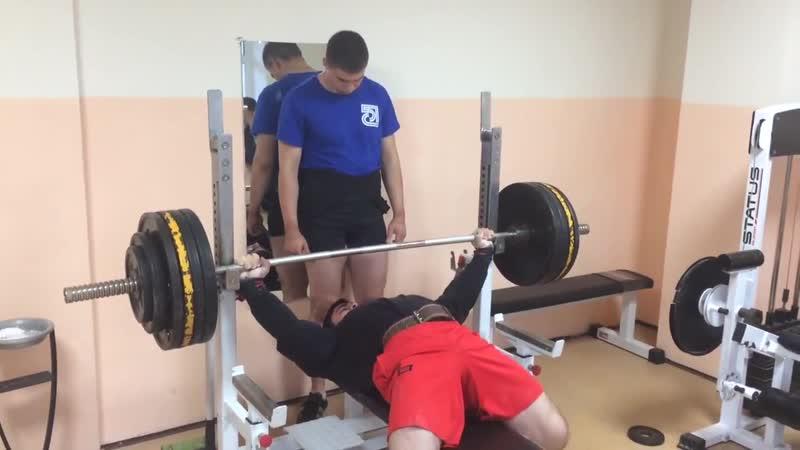 Эльбрус Мамалиев Жим штанги лёжа 180 кг